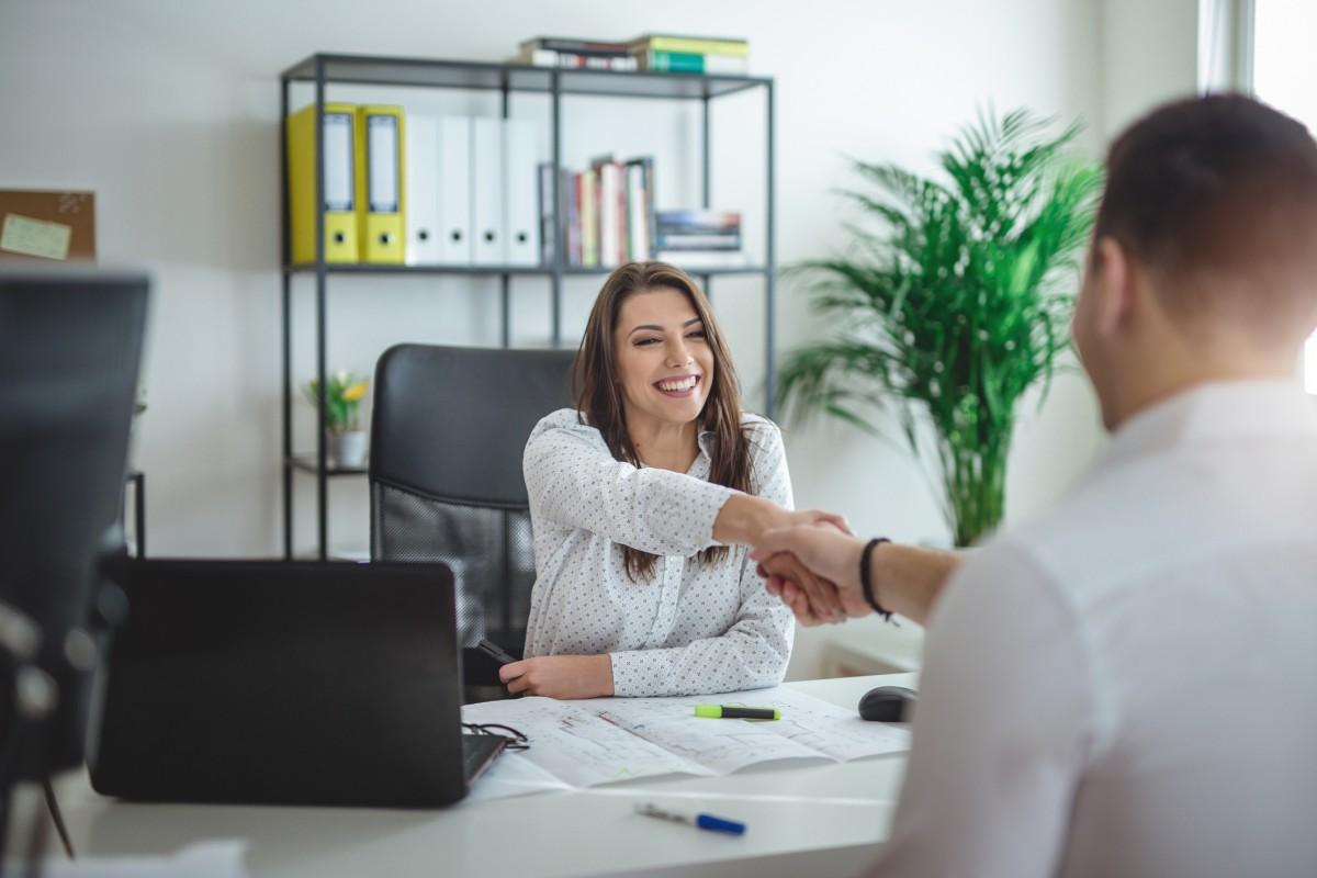 La ce sa fii atent inainte de semnarea contractului individual de munca