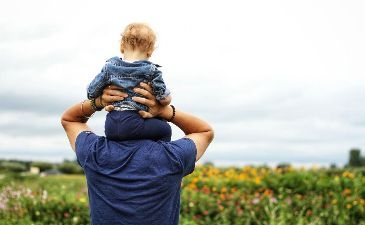 Afla tot ce trebuie sa stii despre stabilirea paternitatii din afara casatoriei