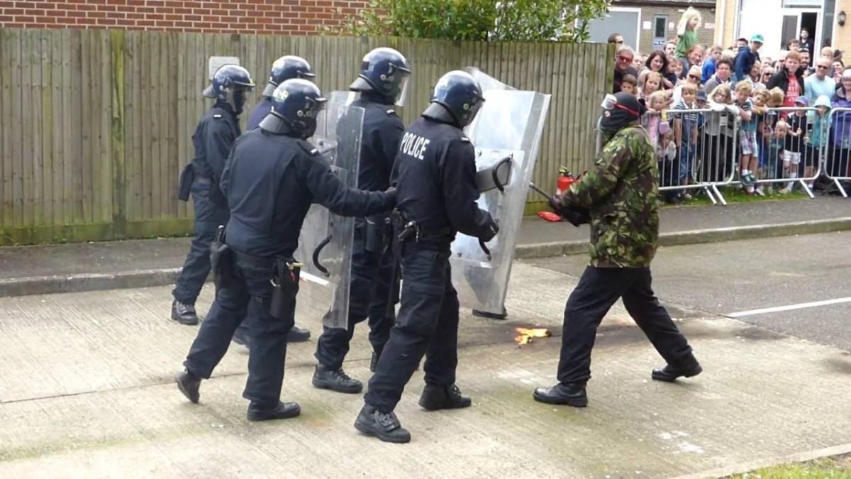 Sanctionarea legala a infractiunilor contra ordinii si linistii publice